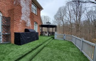 Picture of a turf deck installed.